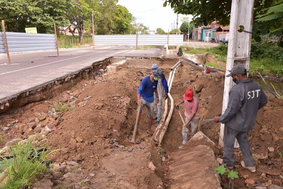 Marden comemora liberação de emenda para constução de pontes em Piripiri