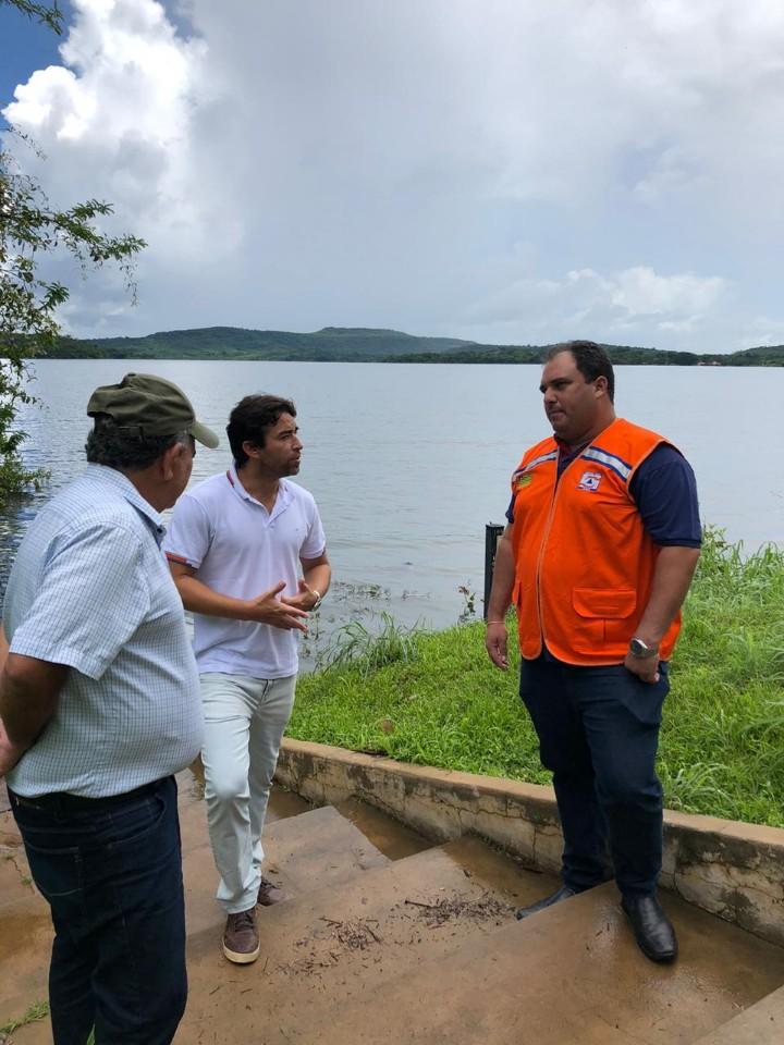 Marden pede a parlamentares que também ajudem população de Piripiri