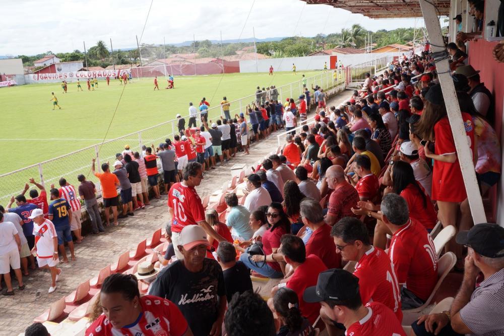 Em casa, 4 de Julho vence o Picos por 1 a 0